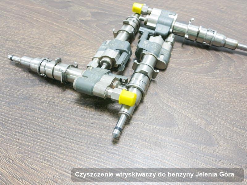 Wtryskiwacz benzyny naprawiony na specjalistycznej aparaturze pomiarowej po wykonaniu serwisu czyszczenie wtryskiwaczy do benzyny w jednej z firm w Jeleniej Górze