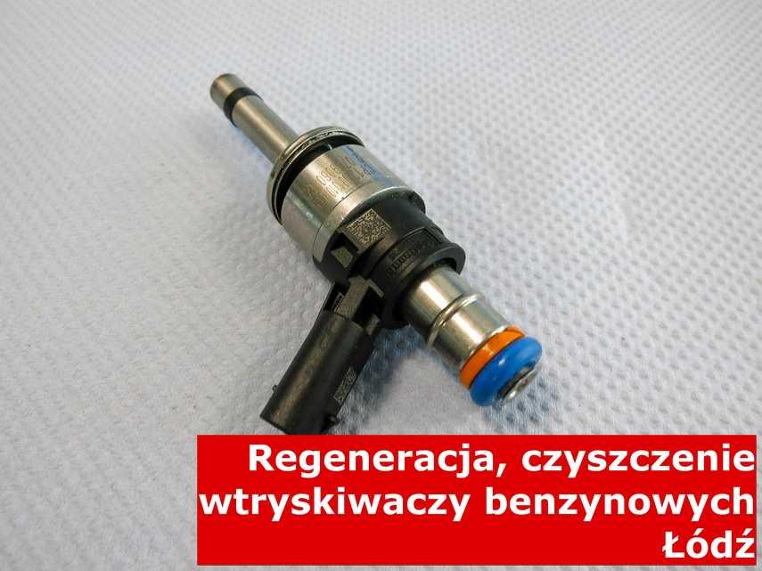 Wtryskiwacz do paliwa benzynowego z Łodzi w pracowni, testowany na nowoczesnym sprzęcie