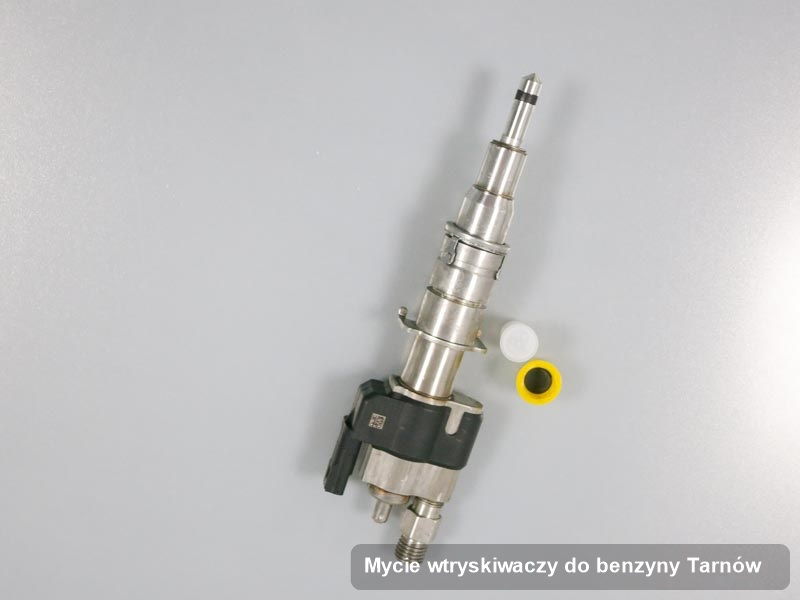 Wtrysk wyczyszczony na specjalnej maszynie po wdrożeniu zlecenia mycie wtryskiwaczy do benzyny w dostępnej firmie w mieście Tarnów