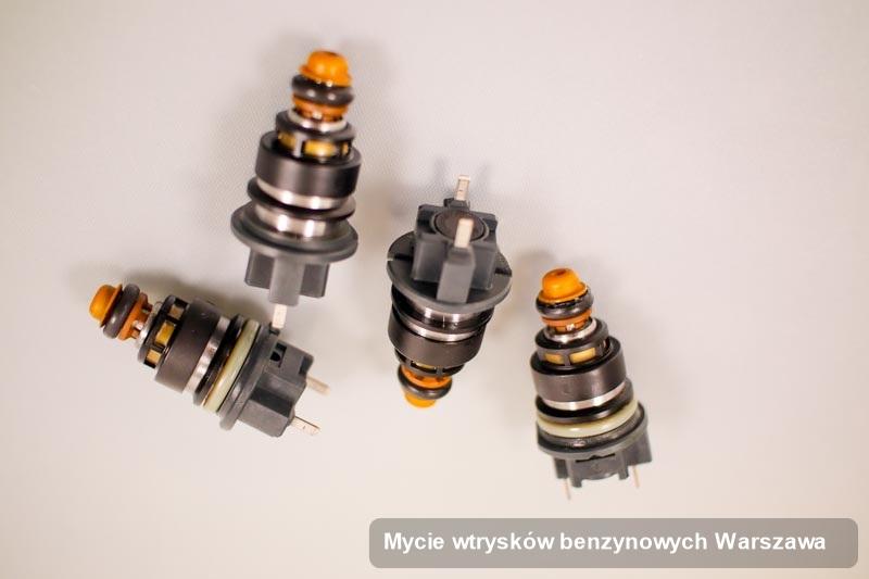 Wtryskiwacz naprawiony na dedykowanej maszynie po wykonaniu zlecenia mycie wtrysków benzynowych w wybranym z warsztatów z Warszawy