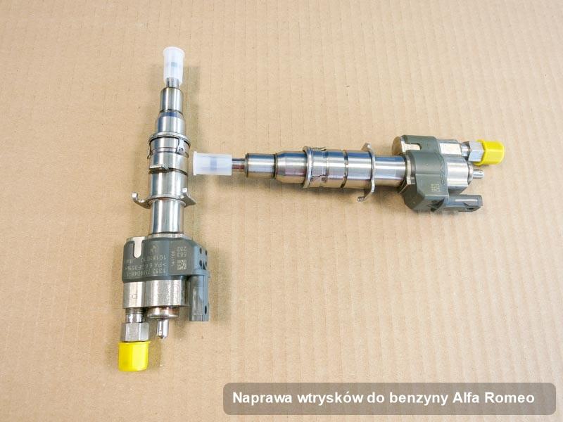 Wtryskiwacz do benzyny do auta spod skrzydeł firmy Alfa Romeo po zrealizowaniu serwisu naprawa wtrysków do benzyny naprawiony na specjalistycznej stacji diagnostycznej przed spakowaniem