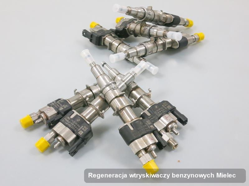 Wtryskiwacz benzyny naprawiony na odpowiedniej maszynie po przeprowadzeniu serwisu regeneracja wtryskiwaczy benzynowych w jednej z firm w mieście Mielec