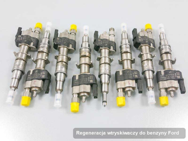 Wtryskiwacz do benzyny do samochodu marki Ford po wykonaniu zlecenia regeneracja wtryskiwaczy do benzyny wyczyszczony na odpowiedniej maszynie przed spakowaniem