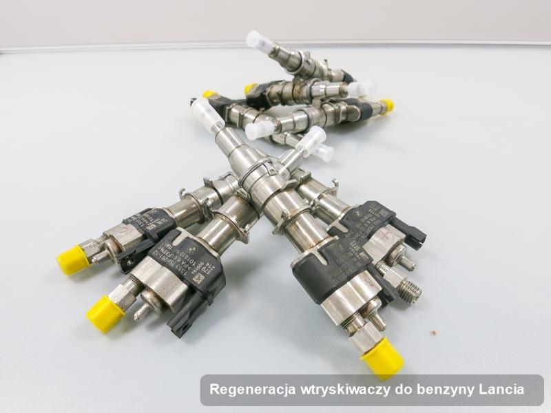Wtryskiwacz do benzyny do osobówki z logo Lancia po zrealizowaniu zlecenia regeneracja wtryskiwaczy do benzyny wyczyszczony na odpowiednim urządzeniu przed spakowaniem