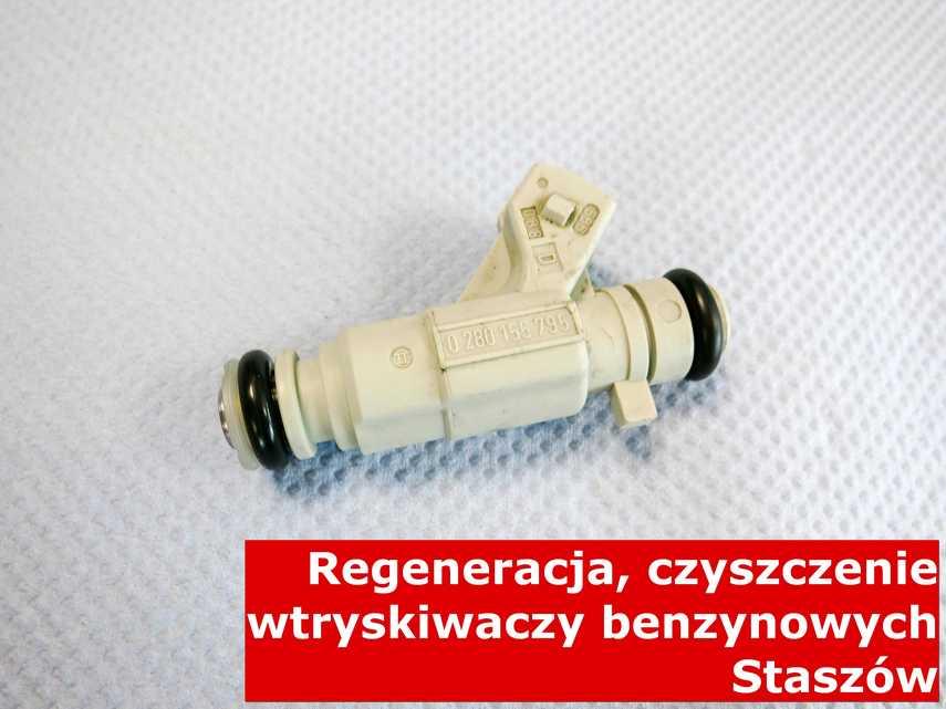 Wtryskiwaczy benzynowy w Staszowie po czyszczeniu, po przywróceniu sprawności na nowoczesnej maszynie