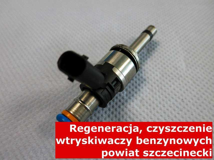 Wtrysk benzyny na stole w laboratorium, po przywróceniu sprawności przy pomocy specjalnego sprzętu • powiat szczecinecki