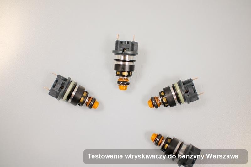 Wtryskiwacz zregenerowany poprzez czyszczenie na specjalistycznej stacji diagnostycznej po wykonaniu serwisu testowanie wtryskiwaczy do benzyny w jednej z pracowni w Warszawie