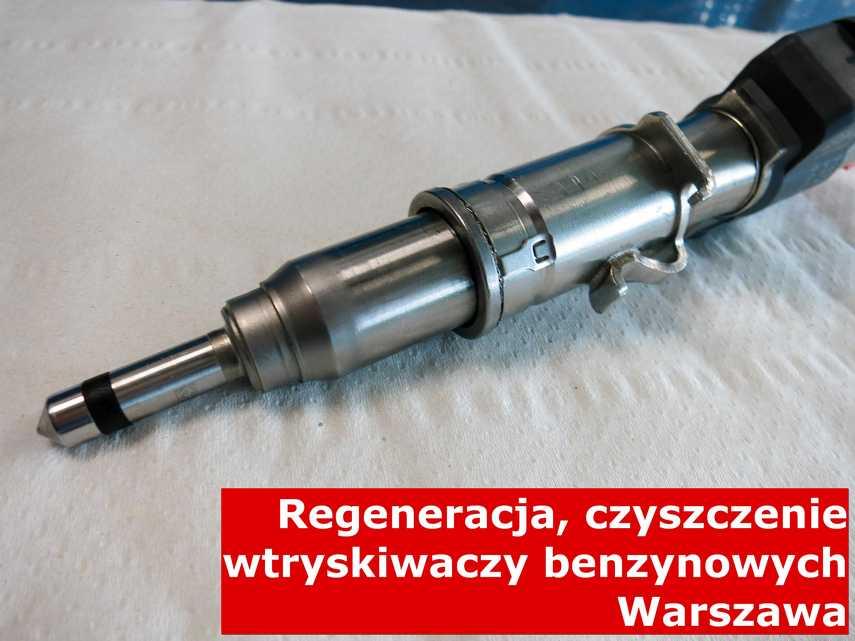 Wtrysk benzyny z Warszawy w pracowni regeneracji, zrewitalizowany na odpowiedniej maszynie
