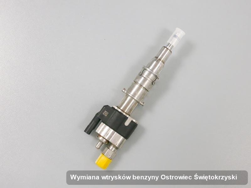 Wtryskiwacz benzyny wyremontowany na specjalistycznej aparaturze pomiarowej po wykonaniu serwisu wymiana wtrysków benzyny w jednej z pracowni z Ostrowca Świętokrzyskiego